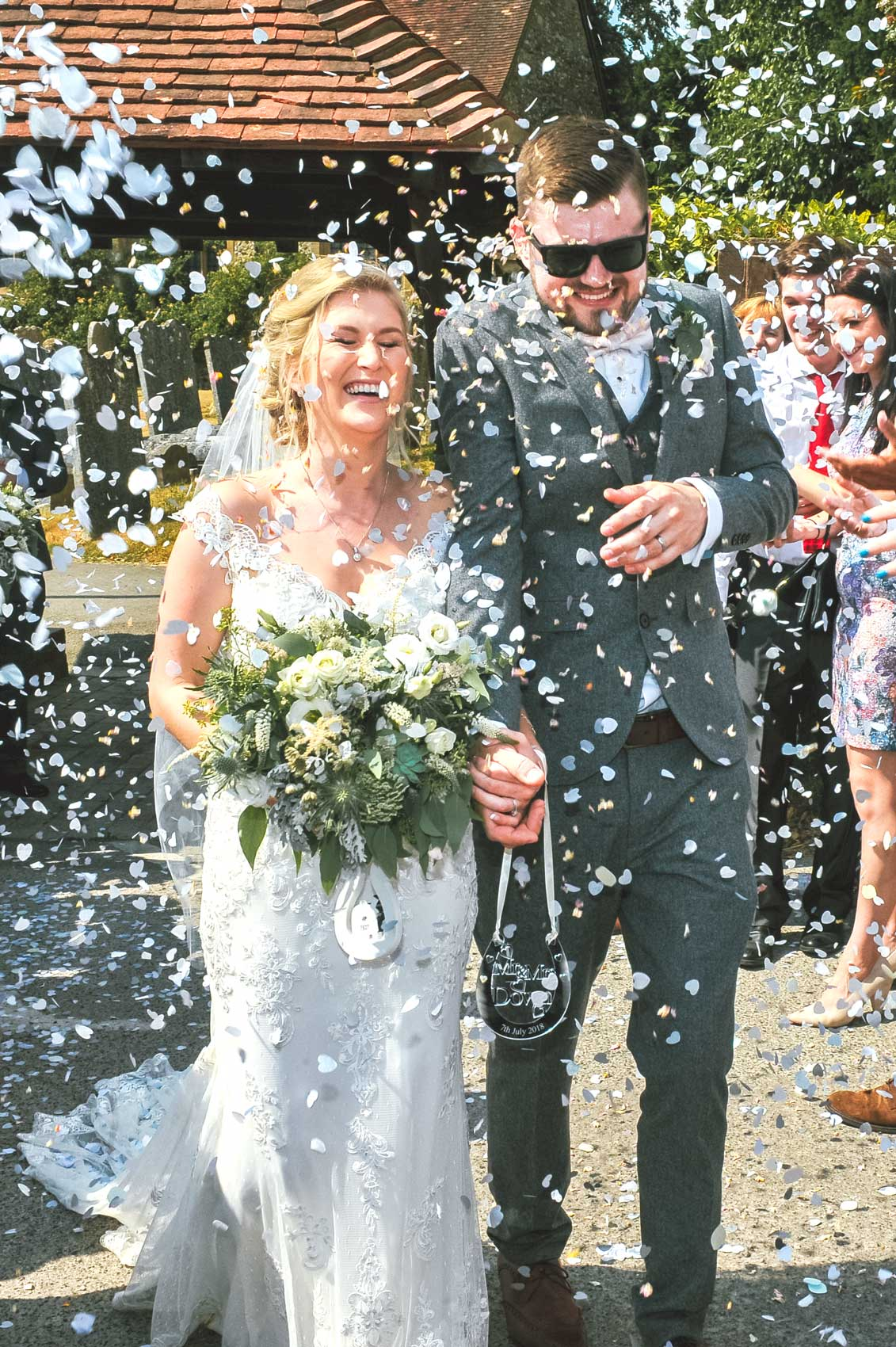 Confetti Wedding Photo Nurstead Court