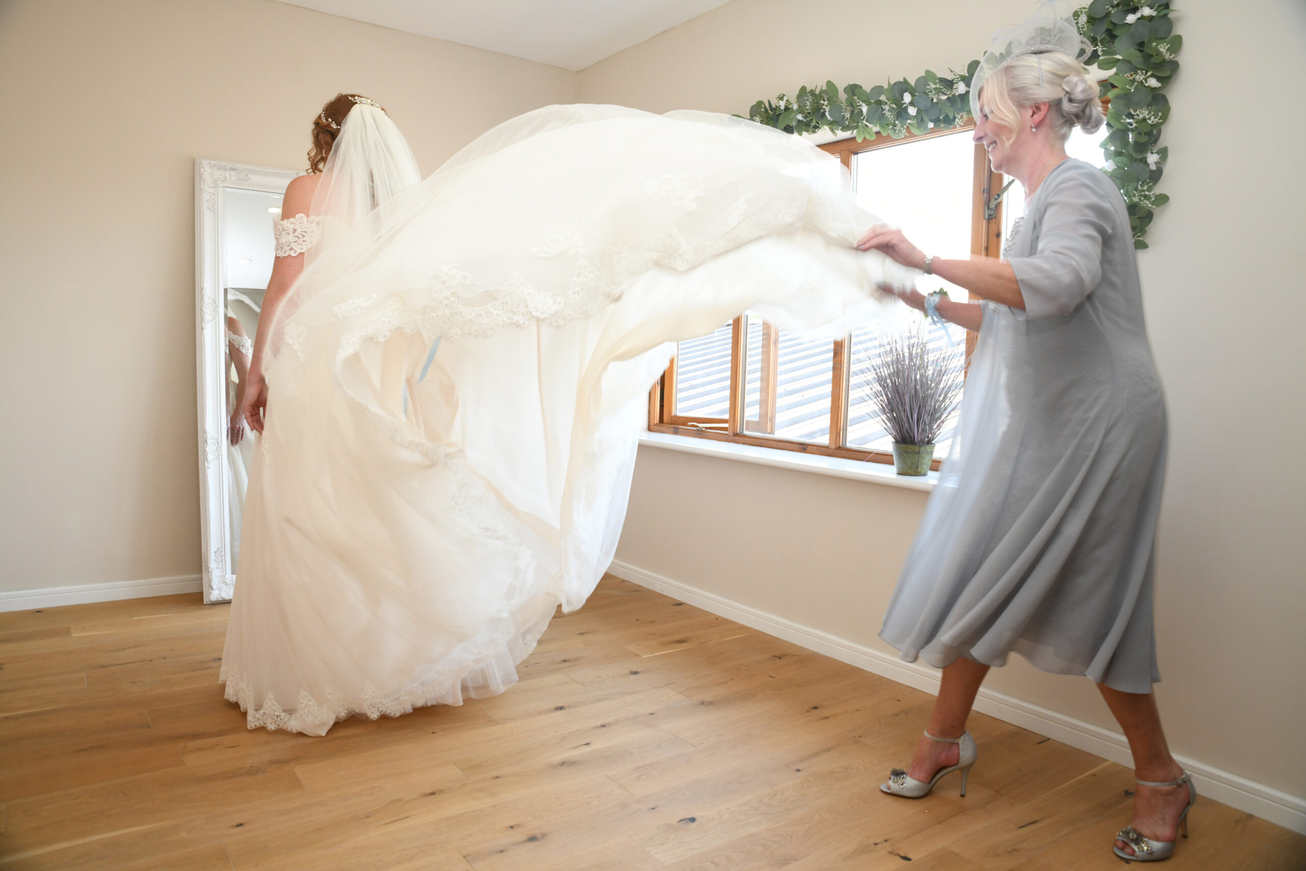 Beth & Richards Wedding Photography at Wootton Park Wedding Photographer Wootton Park